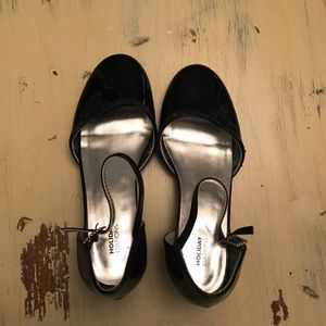 """Girls """"Holiday Edition"""" Dress Shoes With Heel"""